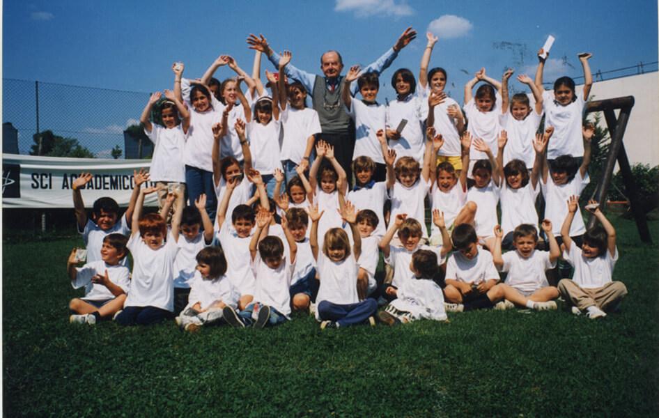 Franco Magrini e i bambini 1998